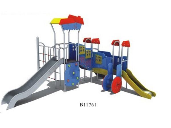 PE板滑梯01